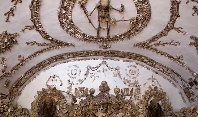De crypte van de Santa Maria Immacolata