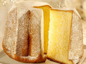 Pandoro of 'gouden brood'