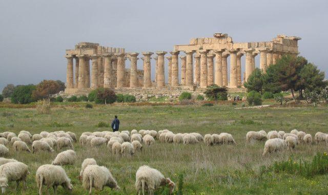 Tempel E in Selinunte