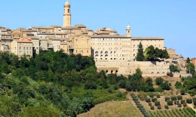 PetritolI-panorama